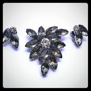 Vintage Rhinestone lapel pin & clip on earrings